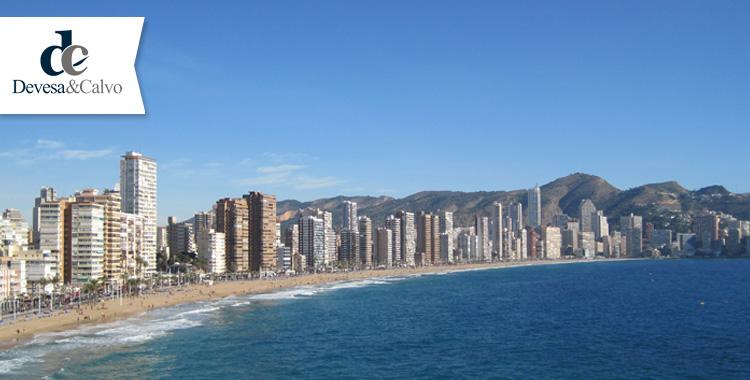 Denuncias falsas en establecimientos hoteleros por turistas británicos. Problemática legal